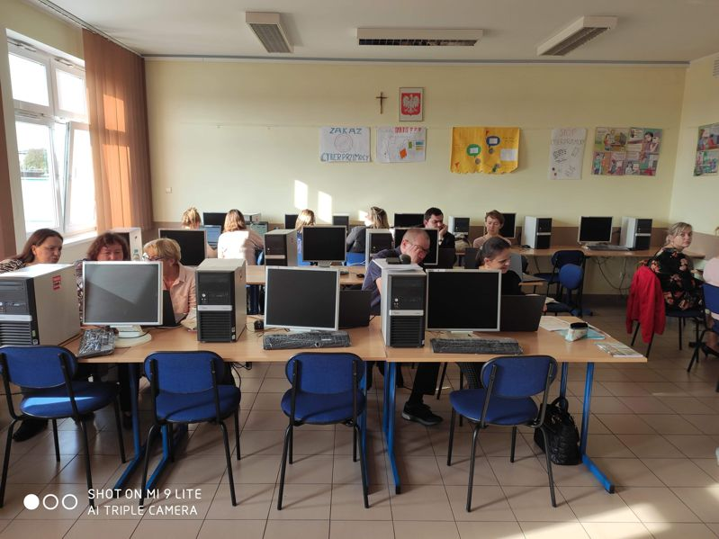 """Szkolenia realizowane przez KPCEN Toruń w projekcie """"Energia kompetencji"""""""